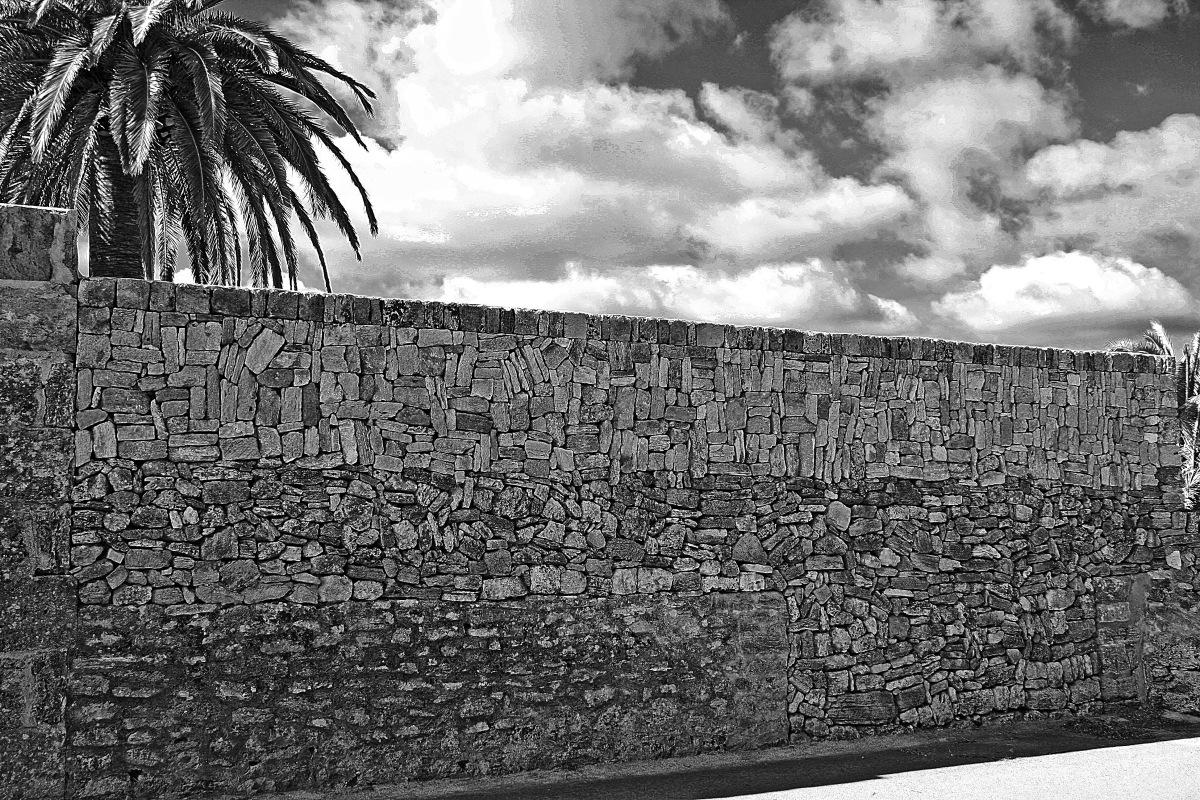 Nur eine Mauer / just a wall